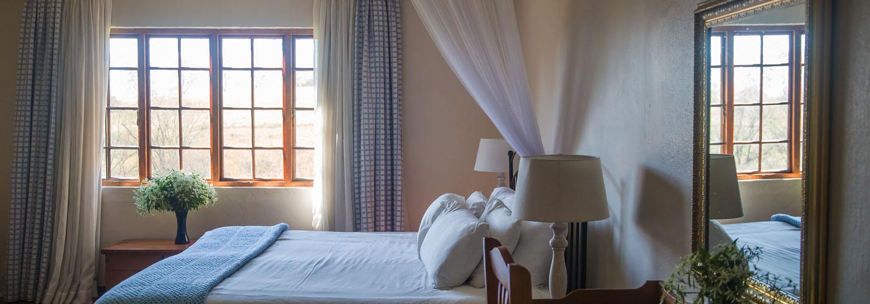 room-slider2-kings-grant-accommodation-weddings-conferences-history-ixopo