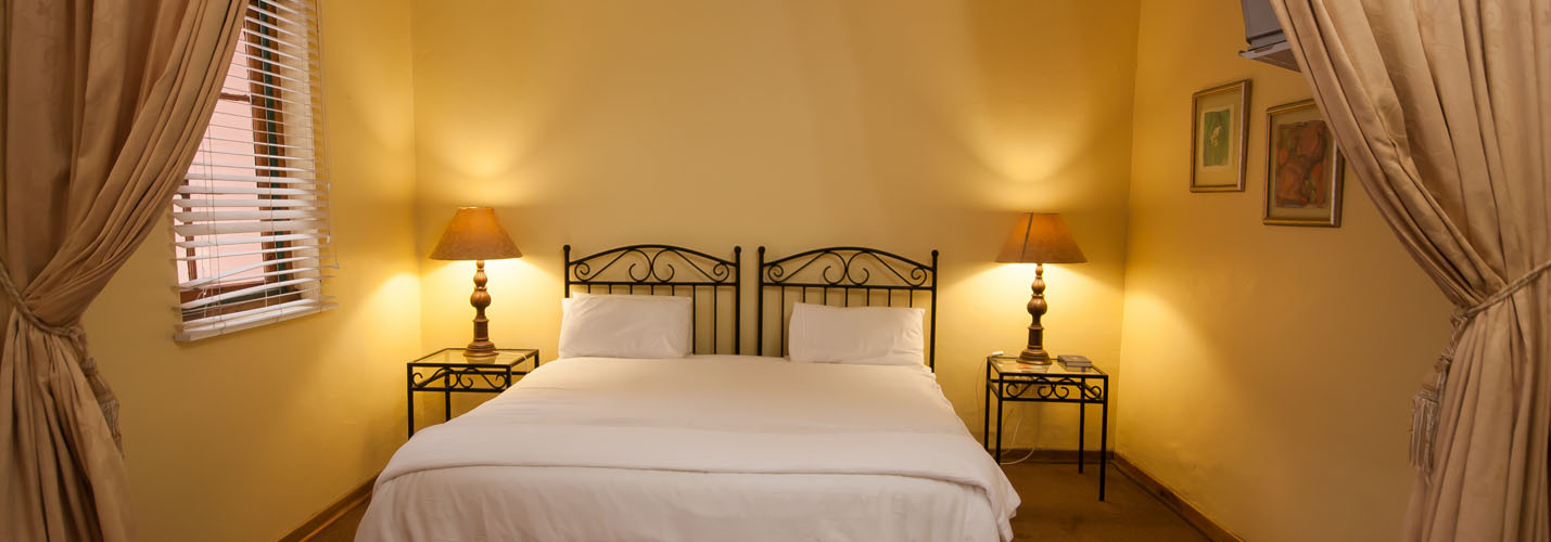 rooms-slider1-3-kings-grant-ixopo-accommodation-weddings-conferences-restaurant-history-retreat